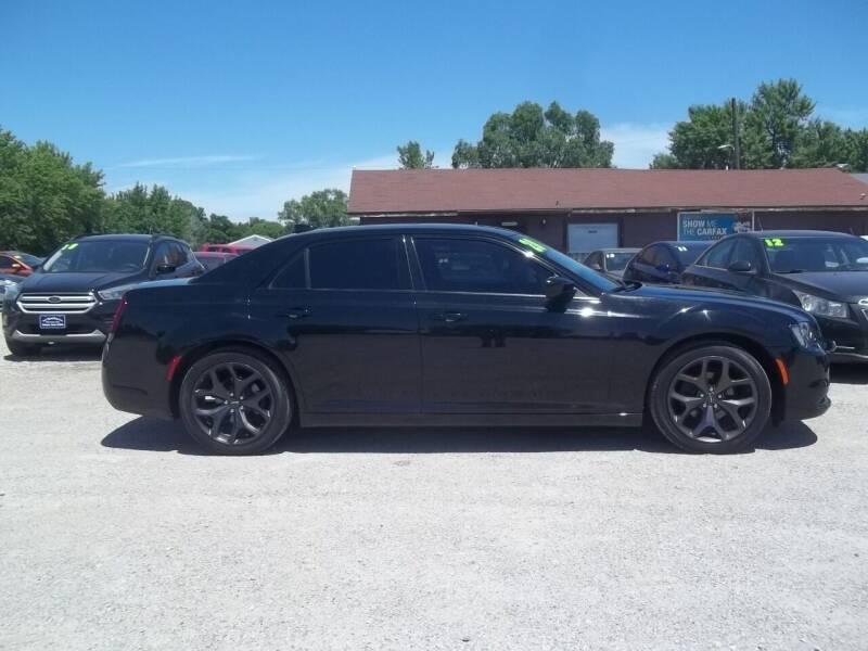 2020 Chrysler 300 for sale at BRETT SPAULDING SALES in Onawa IA