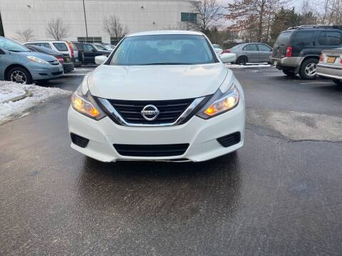 2018 Nissan Altima for sale at Super Bee Auto in Chantilly VA