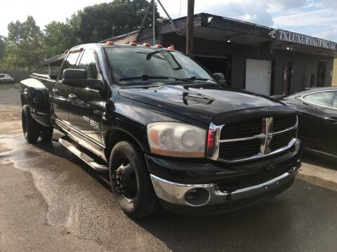 2006 Dodge Ram Pickup 3500 for sale at Texas Luxury Auto in Houston TX