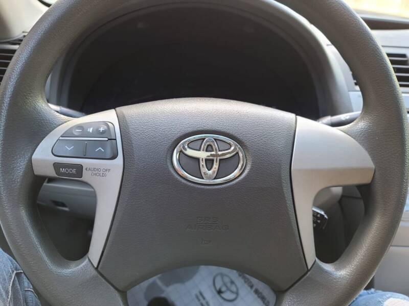 2011 Toyota Camry LE 4dr Sedan 6A - Houston TX