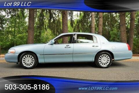 2005 Lincoln Town Car for sale at LOT 99 LLC in Milwaukie OR