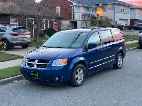 2010 Dodge Grand Caravan for sale at Reis Motors LLC in Lawrence NY