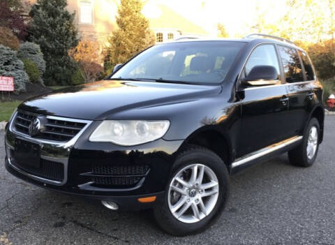 2010 Volkswagen Touareg for sale at Beverly Farms Motors in Beverly MA