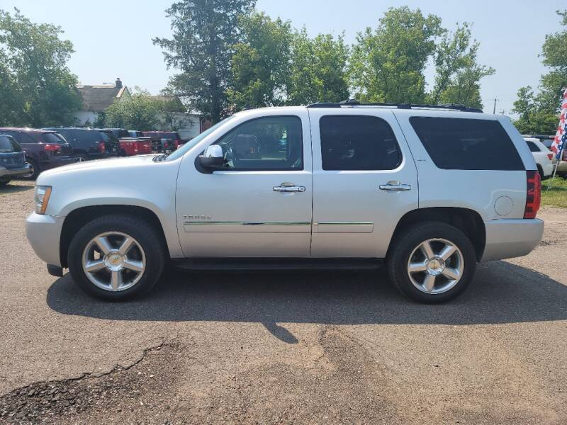 2011 Chevrolet Tahoe for sale at WB Auto Sales LLC in Barnum MN
