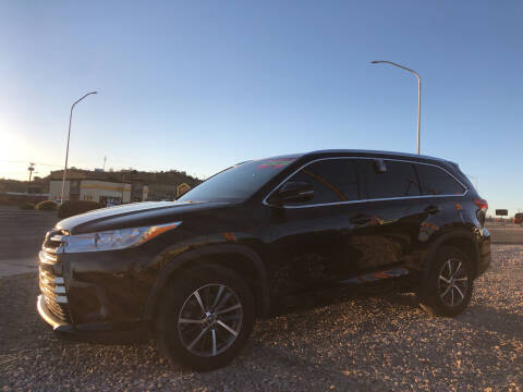 2017 Toyota Highlander for sale at 1st Quality Motors LLC in Gallup NM