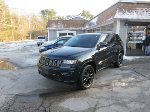 2018 Jeep Grand Cherokee for sale at Millbrook Auto Sales in Duxbury MA