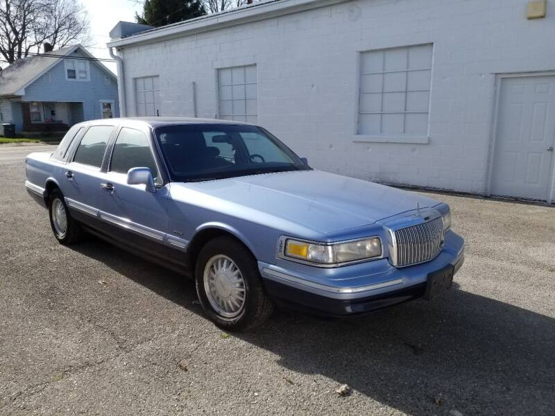 1995 Lincoln Town Car for sale at Cars & Pieces LLC in Connersville IN