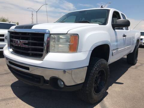 2007 GMC Sierra 2500HD for sale at Town and Country Motors in Mesa AZ