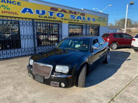 2006 Chrysler 300 for sale at Sam's Auto Sales in Houston TX