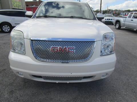 2011 GMC Yukon for sale at DERIK HARE in Milton FL
