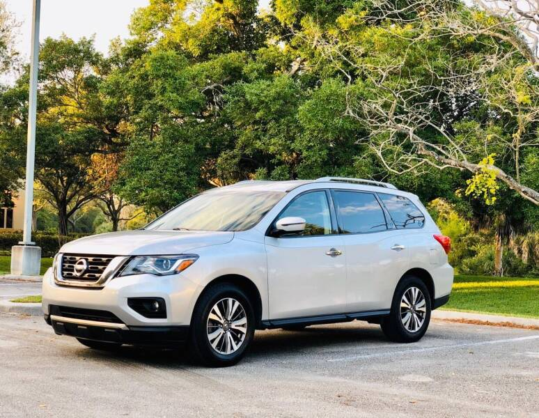 2017 Nissan Pathfinder for sale at Sunshine Auto Sales in Oakland Park FL