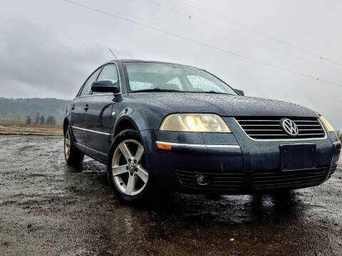 2004 Volkswagen Passat for sale at M AND S CAR SALES LLC in Independence OR