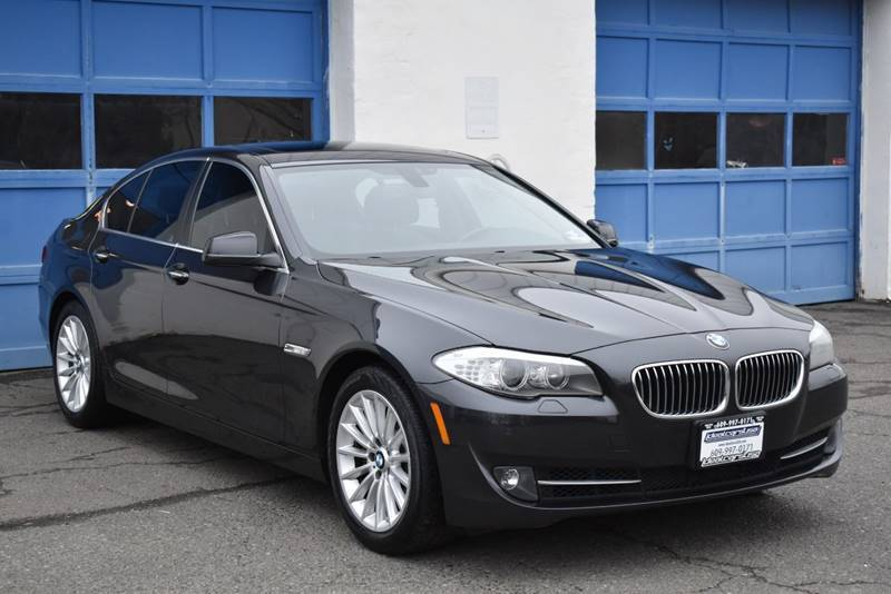 2013 BMW 5 Series 535i xDrive AWD 4dr Sedan full