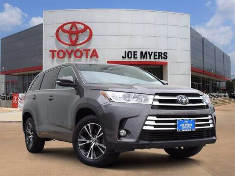 2018 Toyota Highlander for sale at Joe Myers Toyota PreOwned in Houston TX