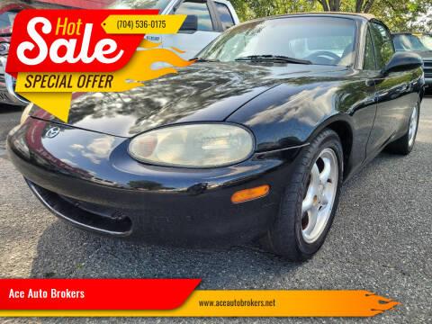 2000 Mazda MX-5 Miata for sale at Ace Auto Brokers in Charlotte NC