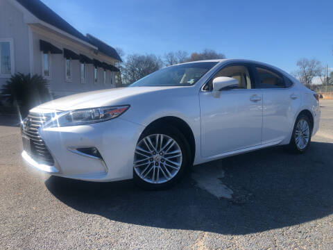 2017 Lexus ES 350 for sale at Beckham's Used Cars in Milledgeville GA
