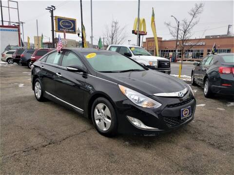 2012 Hyundai Sonata Hybrid for sale at AutoBank in Chicago IL