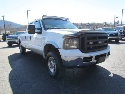2005 Ford F-250 Super Duty for sale at Hibriten Auto Mart in Lenoir NC