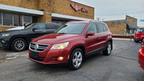 2010 Volkswagen Tiguan for sale at JT AUTO in Parma OH