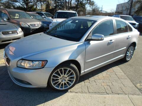 2009 Volvo S40 for sale at Precision Auto Sales of New York in Farmingdale NY