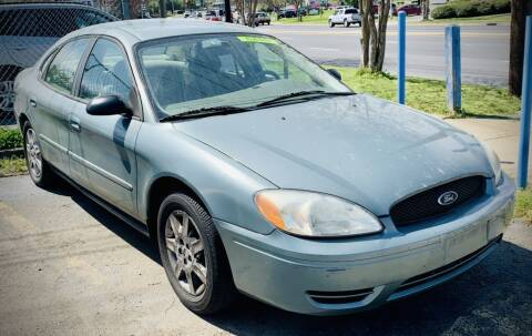 2006 Ford Taurus for sale at RD Motors, Inc in Charlotte NC