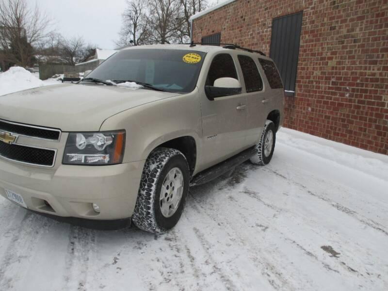 2011 Chevrolet Tahoe for sale at Styln Motors in El Paso IL
