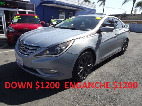 2011 Hyundai Sonata for sale at PACIFICO AUTO SALES in Santa Ana CA