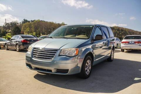 2010 Chrysler Town and Country for sale at CarUnder10k in Dayton TN