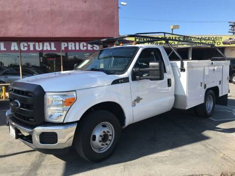 2013 Ford F-350 Super Duty for sale at Sanmiguel Motors in South Gate CA
