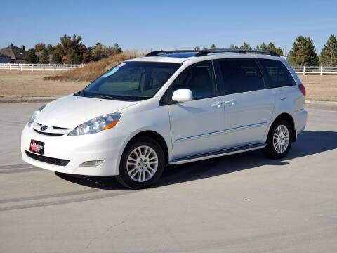 2008 Toyota Sienna for sale at Chihuahua Auto Sales in Perryton TX