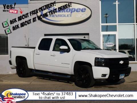 2011 Chevrolet Silverado 1500 for sale at SHAKOPEE CHEVROLET in Shakopee MN