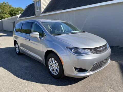2020 Chrysler Pacifica for sale at K&M Wayland Chrysler  Dodge Jeep Ram in Wayland MI