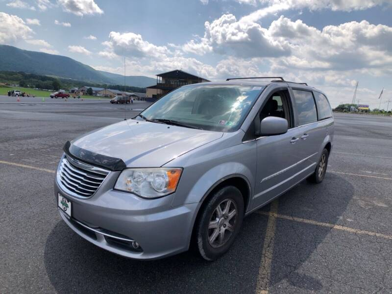 2013 Chrysler Town and Country for sale at Northern Automall in Lodi NJ