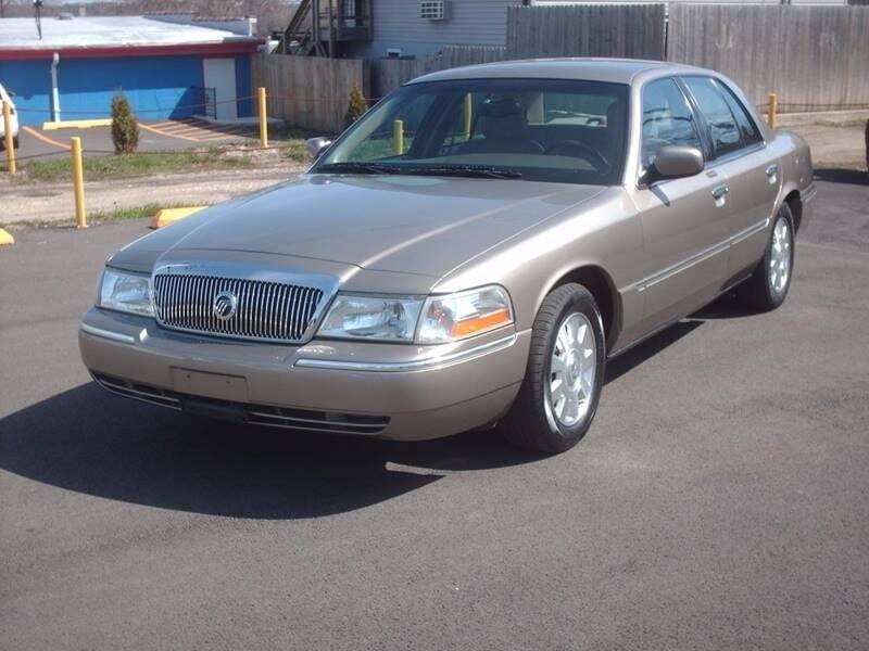 2003 Mercury Grand Marquis for sale at STURBRIDGE CAR SERVICE CO in Sturbridge MA