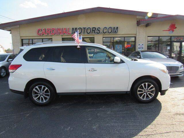 2016 Nissan Pathfinder for sale at Cardinal Motors in Fairfield OH