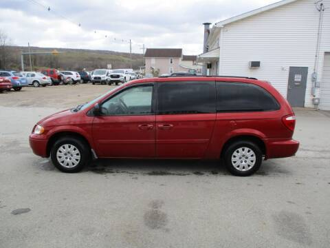 2007 Chrysler Town and Country for sale at ROUTE 119 AUTO SALES & SVC in Homer City PA