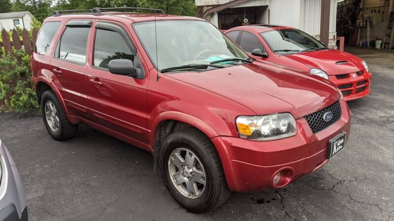 2005 Ford Escape for sale at Kidron Kars INC in Orrville OH