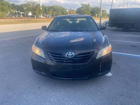 2008 Toyota Camry for sale at UNITED AUTO BROKERS in Hollywood FL