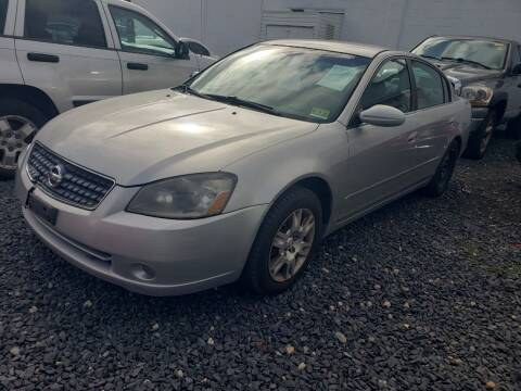 2005 Nissan Altima for sale at CRS 1 LLC in Lakewood NJ
