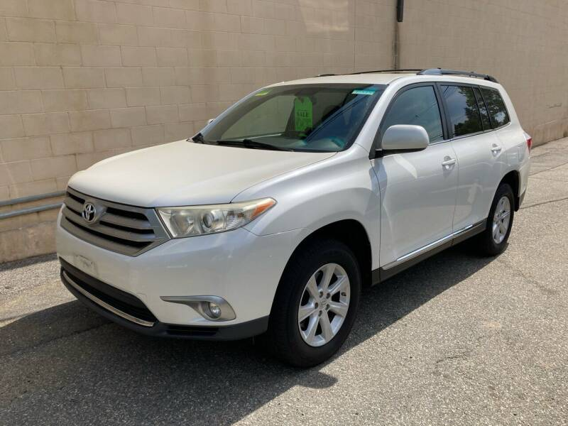 2011 Toyota Highlander for sale at Bill's Auto Sales in Peabody MA