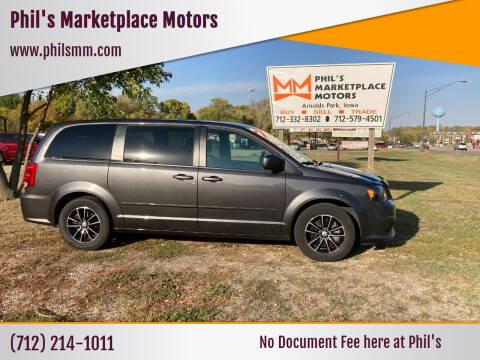 2017 Dodge Grand Caravan for sale at Phil's Marketplace Motors in Arnolds Park IA