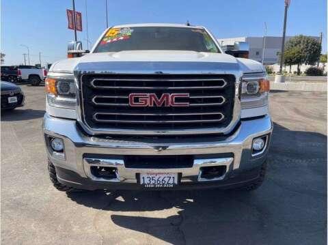 2015 GMC Sierra 2500HD for sale at Carros Usados Fresno in Clovis CA