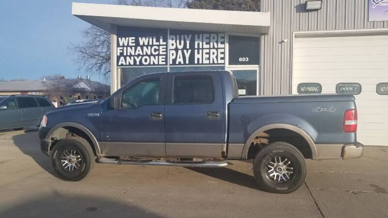 2005 Ford F-150 for sale at STERLING MOTORS in Watertown SD