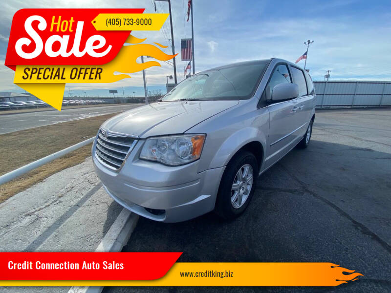 2010 Chrysler Town and Country for sale at Credit Connection Auto Sales in Midwest City OK