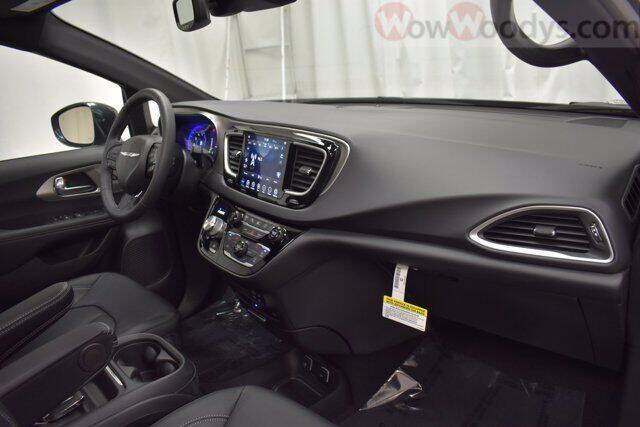 2020 Chrysler Pacifica AWD Launch Edition 4dr Mini-Van - Chillicothe MO