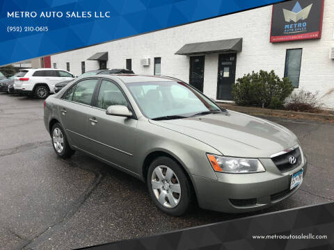 2008 Hyundai Sonata for sale at METRO AUTO SALES LLC in Blaine MN