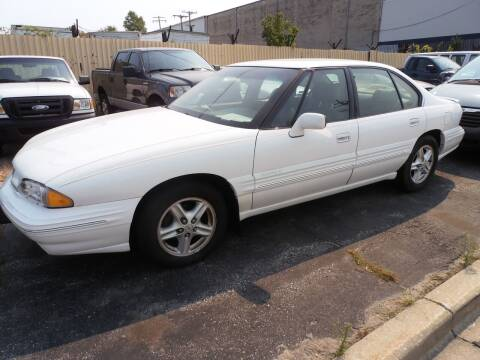1996 Pontiac Bonneville for sale at A-Auto Luxury Motorsports in Milwaukee WI