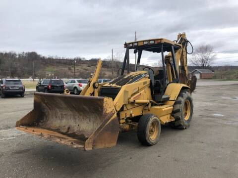 1999 Caterpillar 416C for sale at G & H Automotive in Mount Pleasant PA