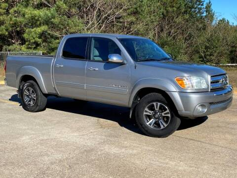 2005 Toyota Tundra for sale at Selective Cars & Trucks in Woodstock GA