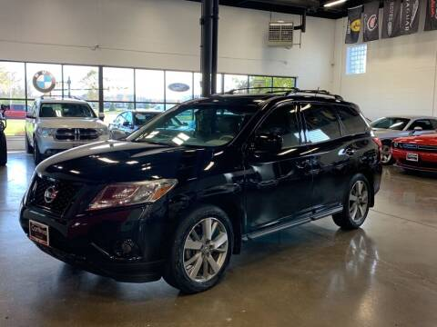 2014 Nissan Pathfinder for sale at CarNova in Sterling Heights MI